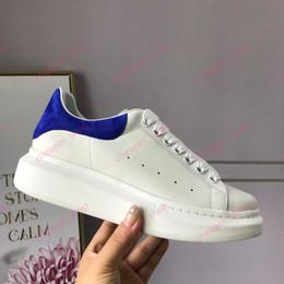 gold sneakers frauen Rabatt 2019 Mens Womens Chaussures Schuh Lace Up Platform Übergroße Sohle Casual Sneakers Top Designer Schuh Leder Solid Colors Kleid Frauen Schuhe