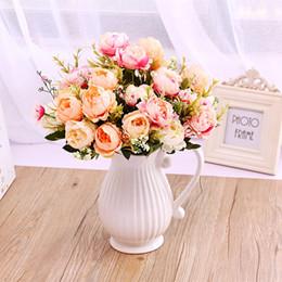 vasi bianchi blu nozze Sconti Vaso decorativo moderno da cerimonia in ceramica Vaso moderno in ceramica bianca Bottiglia da fiore artificiale Decorazione domestica Vasi blu rosa Y19062803