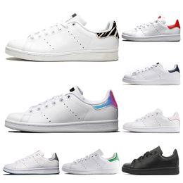 c27a55579675 Adidas stan smith Hot Punch Grape Be True Uomo Donna scarpe da corsa Flair  Triple Black Core bianco Trainer Sport mens scarpe firmate sport Sneakers  36-45 ...