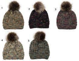 Gros tricot laine bonnet chapeau acrylique Faux Fourrure Pom Pom Ball chapeau adulte hiver chaud mélange fil chapeau chapeau sports de plein air bonnet chapeaux ? partir de fabricateur