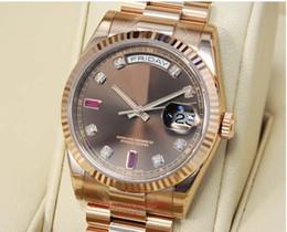 2019 relógio de rubis Venda quente de Luxo RELÓGIO Relógio de Moda de Diamante de Chocolate Rubi Dial Everose Ouro 118235 CHODRP HOMEM relógio de Pulso relógio de rubis barato