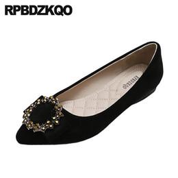 Diamante negro de china online-Zapatos baratos tamaño de china 43 10 dedo del pie puntiagudo grande 11 hermosos pisos de gamuza mujeres marrón diamante diseñador negro cristal