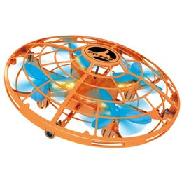 fliegende spielsachen für jungen Rabatt RC LED Drohne Fliegen Zappeln Spinner Stress Fliegen Relief Induktion UFO Fahrzeug Spielzeug Für Kinder Erwachsene Mädchen Jungen rc drohne Spielzeug
