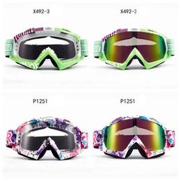 Occhiali da sole antivento da motociclista all'aperto Occhiali da sci Occhiali da equitazione Occhiali antiappannamento Motociclista equipaggiato Moda Uomo Donna HHA272 da