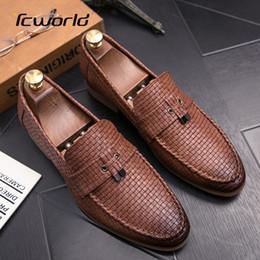 Herren Loafer Leder Braid Design Mokassin britische Art beiläufiges Geschäfts Kleid Sapato Masculino Set Fuß Driving Schuhe