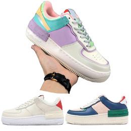 Tenis rosa online-nike air force 1 los zapatos corrientes de huevos de Pascua skate blanco rosado azul tapa de la manera Plataforma tamaño Calidad zapatillas de deporte casuales 36-40