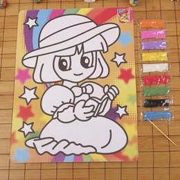 2019 niños de pintura de arena 21 * 28 cm Niños DIY 9 Color de Dibujos Animados Pintura en Arena Niños Aprendizaje Educativo Bebé Dibujo Arena Color Al Azar niños de pintura de arena baratos