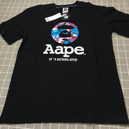 Diseños de prendas de vestir online-19SS Venta Caliente El Nuevo Patrón de Letra APE T Shirt Cómodo Tipo Suelto Diseño T Shirt Moda Simple transpirable de los hombres APE ropa