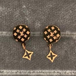 number earrings Promo Codes - 2019 New Arrival luxury jewelry brand designer earrings 3 colors V stamp earrings for women hot fashion Style wholesale price
