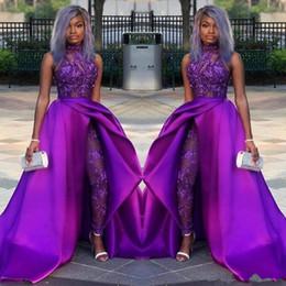 2019 trajes de entrenamiento de chicas 2019 Black Girl Monos Vestidos de baile Tren desmontable Cuello alto Encaje Apliques Grano Vestidos de noche Fiesta africana de lujo Trajes de pantalón trajes de entrenamiento de chicas baratos