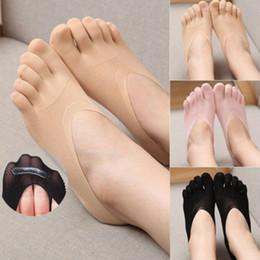 носки с низким вырезом Скидка 3 Цвет Женщина Low Cut Экипаж голеностопного Твердые носки Новой мода Five Finger Toe Невидимый чулочно-носочные изделия