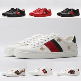 Luxus Schuhe für einen Mann eine Frau Altschwarz Triple Weiß Turnschuhe Modedesigner ACE Freizeitschuh Bee Snake