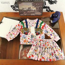 2019 i vestiti dalla ragazza del fiore del merletto del leopardo Bambini principessa floreale 2PCS regola la ragazza Stampato ponticello cime bambini di autunno di modo copre la vendita al dettaglio di fiori + gonne