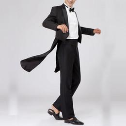 Cappotti di cappotto online-Puiciua Tuxedo Dress XS-XL Uomo Classic Black Shiny Risvolto Tail Coat Tuxedo Wedding Groom Stage Singer Slim Fit 2 pezzi Tute