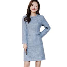 2019 ropa de trabajo vestidos mujeres Otoño e Invierno Moda Cuello redondo Vestido de tweed azul Ropa de trabajo para mujeres Vestidos elegantes Office Ladies Runway Tassel Dress Talla S-2XL ropa de trabajo vestidos mujeres baratos