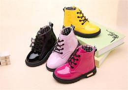 2019 botas impermeables de invierno para niños Zapatos de invierno para niños PU impermeable Bebé Matin Boots Moda versión coreana niños Botas B11