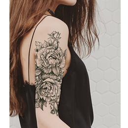 rose per tatuaggi Sconti 1 pezzo di autoadesivo del tatuaggio temporaneo rose nere disegno pieno fiore braccio body art grande grande autoadesivo del tatuaggio falso SH190724