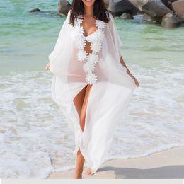 Vestido de lua de mel Beach Cover up vestido de praia de renda túnica Pareos Swimwear Mulheres 2018 Bikini encobrir Chiffon Swimsuit supplier beach tunic dresses de Fornecedores de vestidos de túnica de praia