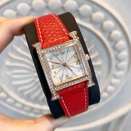 Mode frauen kleid armbanduhr hochwertige neue design luxus uhr beliebte dame mode uhr aus echtem leder uhr modernen stil klassisch von Fabrikanten
