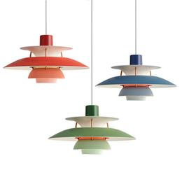 lámparas de calor de cocina Rebajas Lámpara moderna Dinamarca Louis Poulsen PH5 de la lámpara pendiente dormitorio de la lámpara blanca Negro Colgante Suspensión Luz de Droplight de vida Comedor