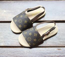 Sommer Jungen und Mädchen Sandalen Babyschuhe Kleinkind Hausschuhe Cow Muscle Laufsohle Mode Kinder Sandalen Schuhe von Fabrikanten