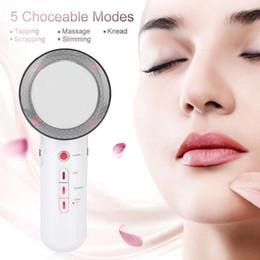 Ultrasonido cavitación máquina facial online-Lifting facial 3 en 1 EMS Dispositivo de masaje de ultrasonidos por ultrasonido por infrarrojos que adelgaza quemador de grasa Cavitación Máquina de belleza facial