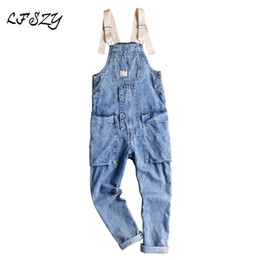 2019 combinaison en denim léger Jeans Hommes 2019 New American Retro Outillage Jumpsuit Hommes Bavoir Léger Version coréenne des bretelles Taille S-XXL promotion combinaison en denim léger