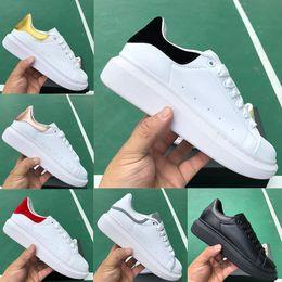 sapatas da plataforma elevada dos homens Desconto Homens mulheres designer de moda Platform sneakers 3M reflexivo triplos preta da cauda branca superior dos homens de laser de luxo sapatos casuais planas de alta qualidade