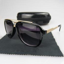 2019 gafas de moda para adultos Gafas de sol retro vintage de alta calidad piloto Gafas de sol UV400 Moda Hombre Mujer Gafas de conducción deportiva con estuche