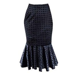 b2ef8a34fb 6 Fotos Faldas negras de cola de pez online-Mujeres falda de terciopelo  midi largo negro lunares