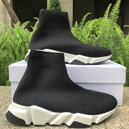 stilvolle schuhe für männer Rabatt Stilvolle Speed Trainer Herren Damen Schuhe High Top Socken Schuhe schwarz rot 2019 beschneiden grau Auge Royal Herren ACE Luxus Designer Sneakers