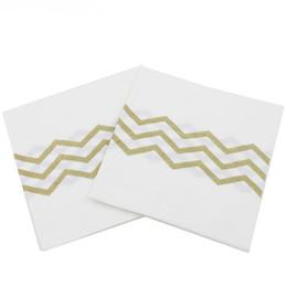 carta di spedizione decorativa Sconti Tovaglioli di carta decorativa del partito dei tovaglioli di carta dell'ombra di Chevron dell'oro Tovaglioli della bevanda per il compleanno Favori di nozze Trasporto libero QW9223