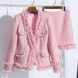 2020 gonne da donna rosa 2019 Autunno moda di lana Due pezzi Donne insieme tailleur elegante rosa nappa corta giacca e gonna set Mini Slim femminile 2301 sconti gonne da donna rosa