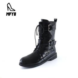 2019 bottes moto grandes tailles femme MFYB bottes pour femmes 2019 hiver nouveau rétro chaussures à tête ronde femmes bretelles bas tube moto bottes grande taille 34-44 bottes moto grandes tailles femme pas cher