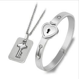 ключи от любовников Скидка Комплекты украшений из нержавеющей стали комплект ювелирных изделий любовник замок браслет браслет ожерелье бесплатная доставка NE966