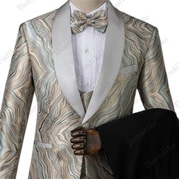 Diseños de vestido de tres piezas online-Thorndike High Quality Light Color Elegant men dress conjunto de tres piezas slim design men suit jacket + pants + vest Large Size XS-4XL