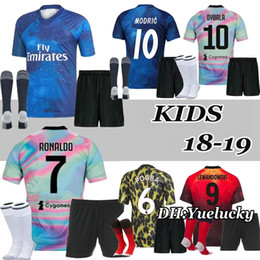 official photos 41f10 3262b kinder sport trikots Rabatt 18 19 EA Sports Kinder Kit Digital INSANE Man  JUVENTUS REAL MADRID