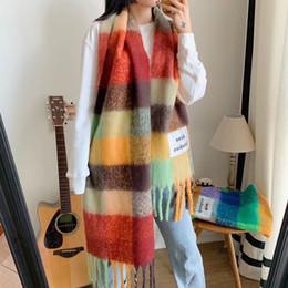 india schal großhandel Rabatt Top Designer Seide Schalldämpfer wuman Schal Marke Schal Damen weichen super lange Luxus-Schalschal Frühling Art und Weise druckte Schal