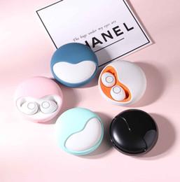 2019 altavoces de diadema Diseñador de auriculares Bluetooth Wireless Touch Control auriculares estéreo V5.0 en la oreja los auriculares impermeable al por mayor mini portátil Deporte IPX5