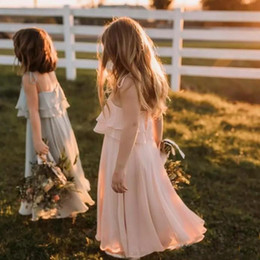 Rubor rosa vestidos de niña de las flores online-Bohemian 2019 Blush Pink Chiffon Flower Girls Vestidos Para Boho Beach Country Weddings Vestidos de fiesta Hasta el suelo Girls Dress Casual