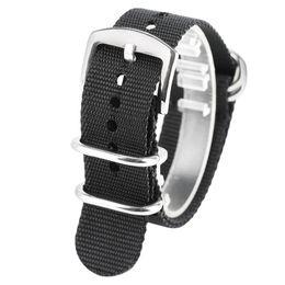 Чёрный ремешок для часов нейлон 24mm онлайн-20мм 22мм 24мм Мягкий черный ремешок для часов Серебряная пряжка Армейский спорт НАТО Нейлоновая ткань Ремешки Ремни Сильные ремешки для часов Браслеты для мужчин