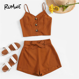 Romwe Brown Soild Button Camiola davanti Top con pantaloncini con cintura Donna Estate Boho Camisole senza maniche Bottom gamba larga Set due pezzi Y19051501 cheap women s wide brown belts da women s wide brown belts fornitori