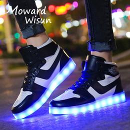 Bambini Cartone Animato Scarpe Sportive Leggere Luminose Sneakers da Corsa Trainer Scarpe da Ginnastica allaperto LED Scarpe da Interno Scarpe da Passeggio per Ragazze Ragazzi