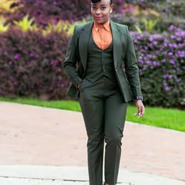 2019 chaleco formal de las mujeres Verde oscuro 2019 Madre de la novia Trajes de pantalón Mujer de negocios Trajes de 3 piezas Solapa enarbolada Oficina formal para mujer Chaqueta (chaqueta + chaleco + pantalones) chaleco formal de las mujeres baratos