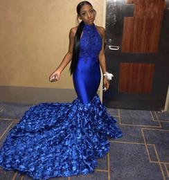 2019 top afrikanische spitze Sexy afrikanische Royal Blue Mermaid Prom Kleider 2019 Halfter ärmellose Applikationen Lace Top Floral Prom Party Kleider Black Girls günstig top afrikanische spitze