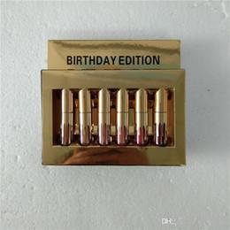 Wholesale NUEVO Gold Kylie Jenner Lipgloss Cosméticos Lápiz labial Brillo de labios Mini Leo Kit Lip Birthday Edición limitada con empaques de venta al por menor de oro