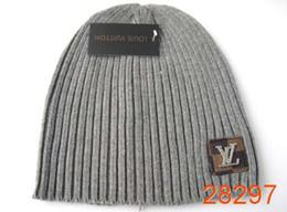 Canada Marque de luxe V Lettre impression de mode Bonnets pour Hommes Femmes Mode Tricoté Chapeau D'hiver Solide Couleur Hip-hop Skullies Chapeau Bonnet Unisexe Caps Offre
