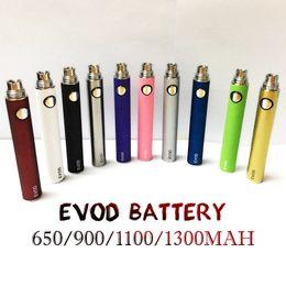 2019 bolígrafos Nueva batería EVOD para cigarrillos electrónicos 650 ~ 1300 mAh 510 Rosca para todas las series eGo vape pen Kit match MT3 CE4 CE5 bolígrafos baratos