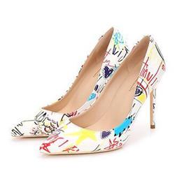 Sexy tacones altos coloridos online-2019 lBottom Specia Graffiti Colorido Mujeres Bombas Sexy Stiletto tacones altos Spring Wedding Party Women Shoes sapato feminino