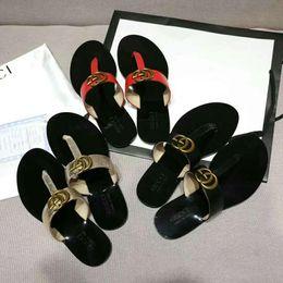2019 sapatos de casamento de salto largo Novo 2019 Mulher Sandálias de Verão Rebites grande bowknot Flip Flops Praia Sandalias Femininas Plana Jelly Designers Sandálias